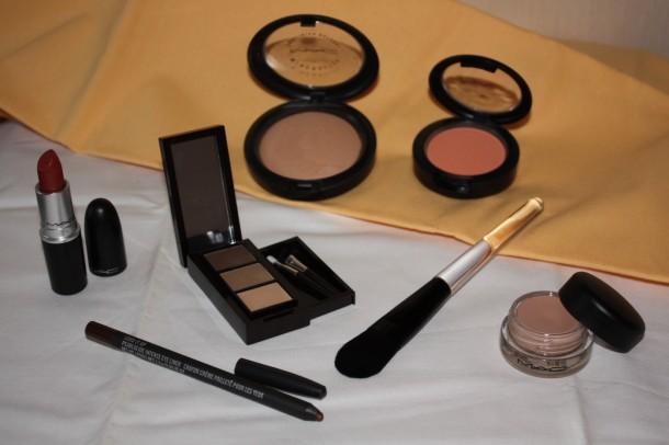 Makeup-produkter fra ORIFLAME og MAC
